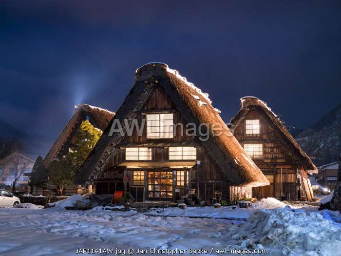 awl-images.com - Japan / Traditional Japanese farmhouses in the village of Shirakawago, Gifu Prefecture, Japan