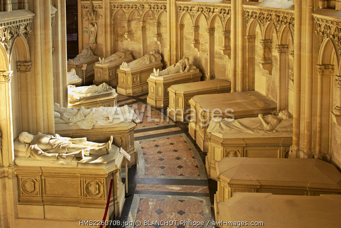 France, Eure et Loir, Dreux, St. Louis Royal Chapel, Burials of the Orleans family, gisants of the ambulatory