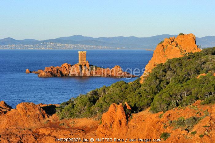 France, Var, Esterel corniche, St Raphael, Dramont Cap and Ile d'Or