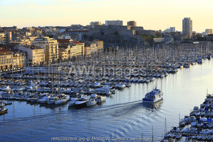 France, Bouches du Rhone, Marseille, Vieux Port, Rive Neuve dock, shuttle Chevalier Paul for the islands of Frioul