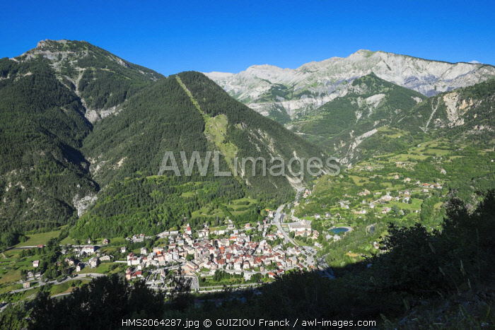 France, Alpes-Maritimes, Tinee valley, Saint-Etienne-de-Tinee at the border of the Mercantour National Park