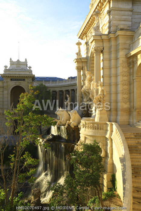 France, Bouches du Rhone, Marseille, Longchamp district, Palais Longchamp built in the 19th century, Historical Monument, the central pavilion, the Water Tower Triumph of the Durance (artwork by Jules Cavelier)