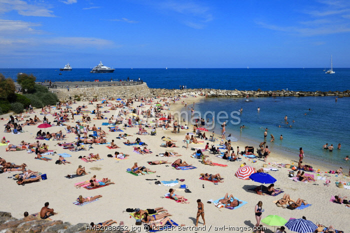 France, Alpes Maritimes, Antibes, Gravette beach nestled in the walls of the old city