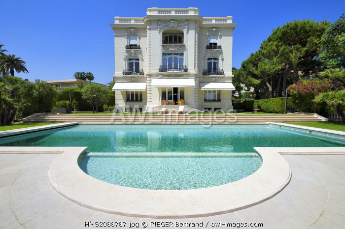 France, Alpes Maritimes, Cannes, the Villa La Californie where Picasso lived, today renamed the Pavillon de Flore by Marina Picasso
