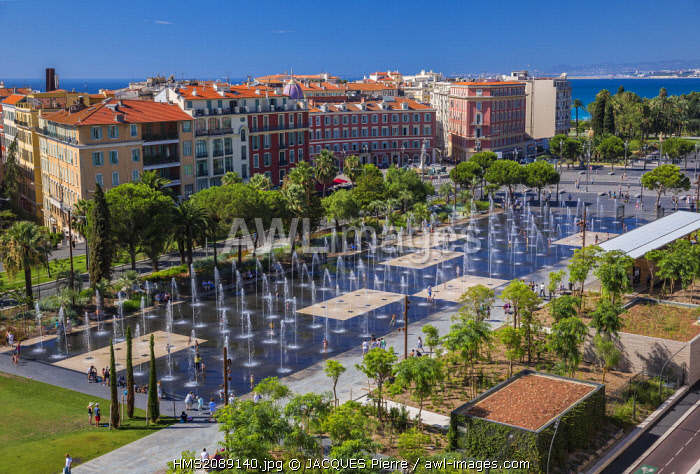 France, Alpes Maritimes, Nice, the Promenade du Paillon, the ornamental pond of 3000 m2 and the water jets of the place Massena
