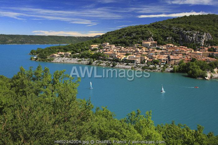 France, Var, Bauduen, The village of Bauduen by the lake of Ste Croix