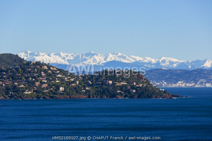 France, Alpes Maritimes, Theoule sur Mer, gulf of Napoule, Cannes and snowy mountains of Mercantour in the background