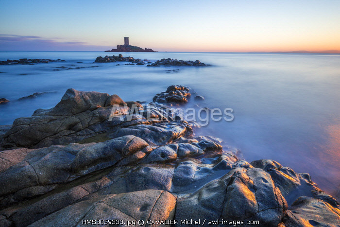 France, Var, Esterel Corniche, Saint Raphael, landing beach of Dramont, in the background the tower of the golden island