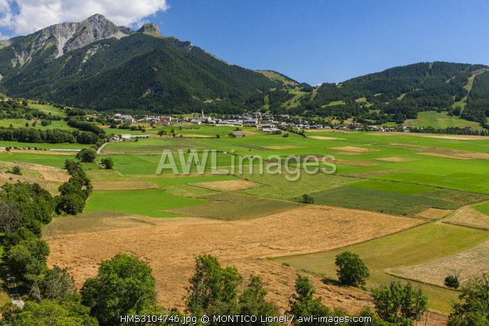 France, Hautes-Alpes, Champsaur Valley, Ancelle