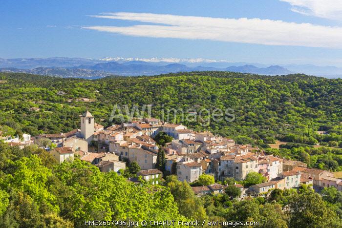 France, Var, Saint Tropez peninsula, Ramatuelle, medieval village and gulf of Saint Tropez in the background