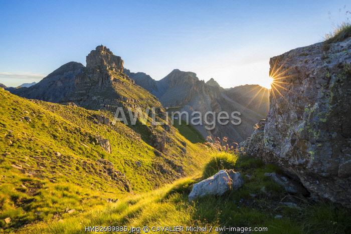 France, Alpes Maritimes, Mercantour National Park, Haute Tinee, pass of Pelousette (2730m), the Bonnet Carre (2770m)
