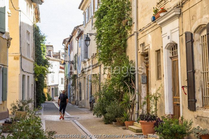 France, Bouches du Rhone, Arles, Roquette district, District de La Roquette