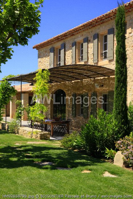 France, Vaucluse, Bonnieux, Mas of the Horseshoe