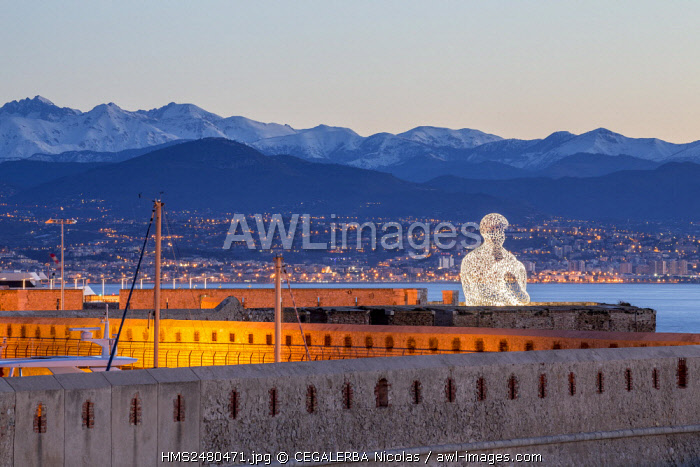 France, Alpes Maritimes, Antibes, monumental sculpture Nomade d'Antibes of the Catalan Jaume Plensa and the ramparts of the Vauban harbor
