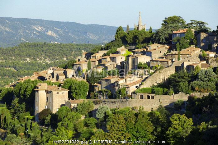 France, Vaucluse, regional park of Luberon, Bonnieux
