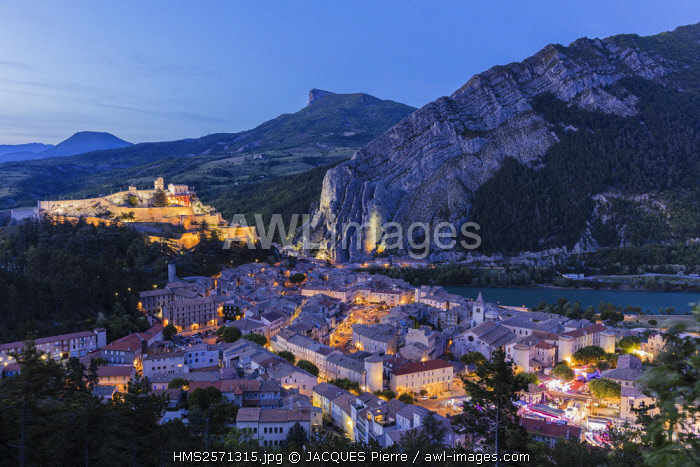 France, Alpes de Haute Provence, Sisteron, the old town with the Citadel of XIV XVI century historical monument, the Durance and the rock of the Balm