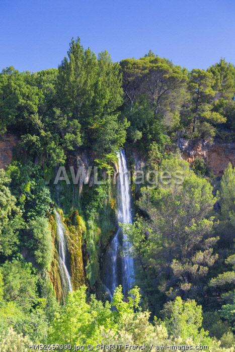 France, Var, regional natural reserve of Verdon, Dracenie, Sillans la Cascade, river of Bresque, waterfall