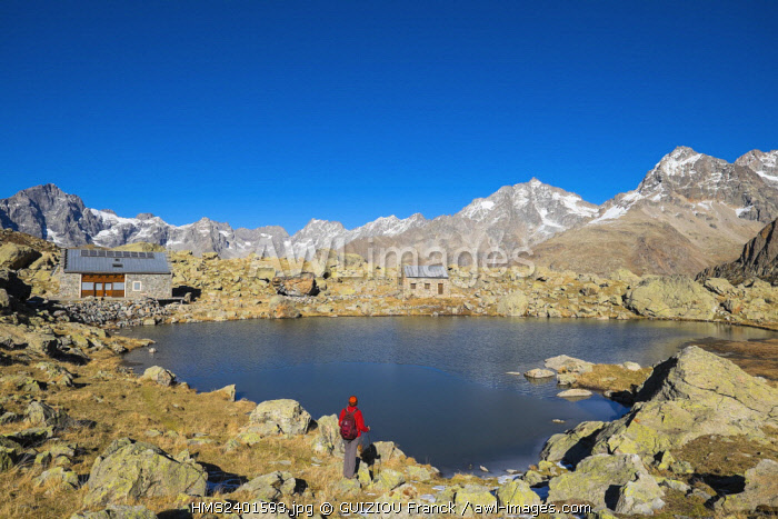 France, Hautes Alpes, Ecrins National Park, La Chapelle en Valgaudemar, refuge and lake Vallonpierre (alt : 2271m)