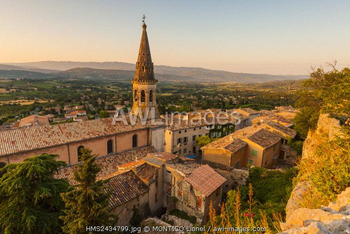 France, Vaucluse, Luberon, Saint Saturnin les Apt, the church