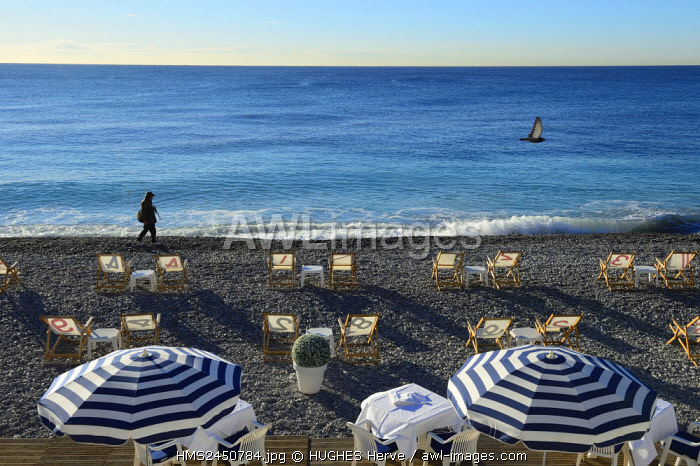 France, Alpes Maritimes, Nice, the Promenade des Anglais (Walk of the English), the Lido beach