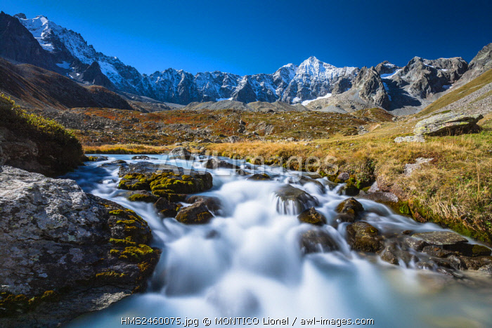 France, Hautes-Alpes, Ecrins National Park, valley of Briançon, the glacial lake of Arsine (2450m)