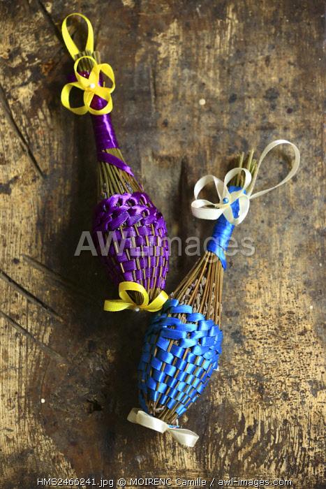 France, Alpes de Haute Provence, Valensole, lavender bouquets distaff