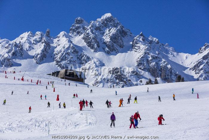 France, Savoie, Courchevel 1850, the Rocher de La Loze (Alt : 2491 m) at the top, massif of the Vanoise, Tarentaise valley