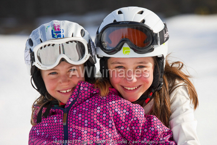 France, Isere, children winter sports