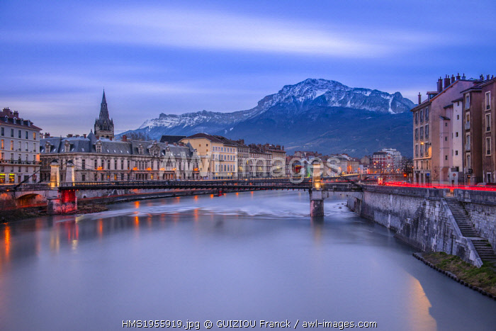 France, Isere, Grenoble, dusk on the banks of the Isere river, Vercors in the background