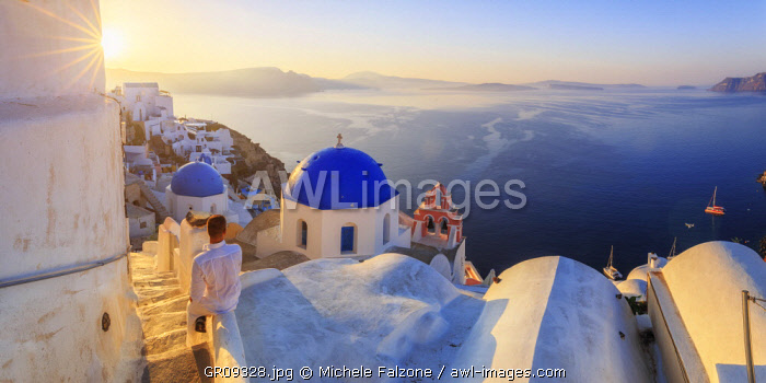 awl-images.com - Greece / Greece, Cyclades, Firostefani and Santorini Caldera