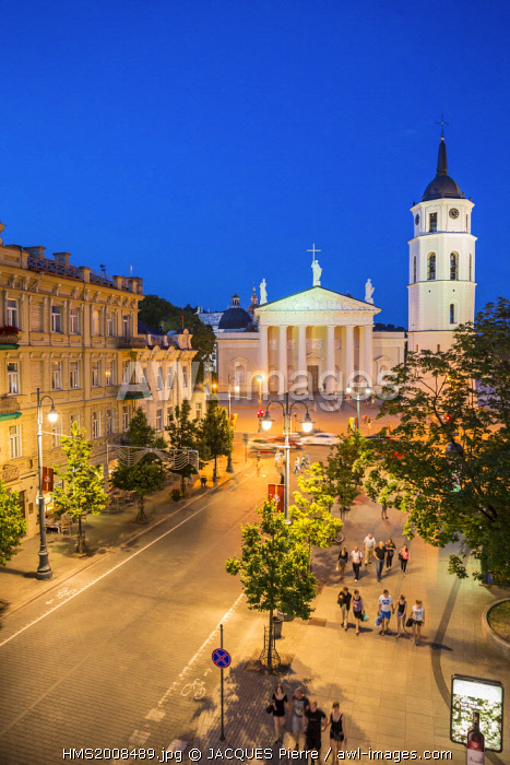 awl-images.com - Lithuania / Lithuania (Baltic States), Vilnius, historical center listed as World Heritage by UNESCO, Gedimino's avenue with a view of the clock tower in front of Saint Stanislaus Cathedral, Katedros Aikste