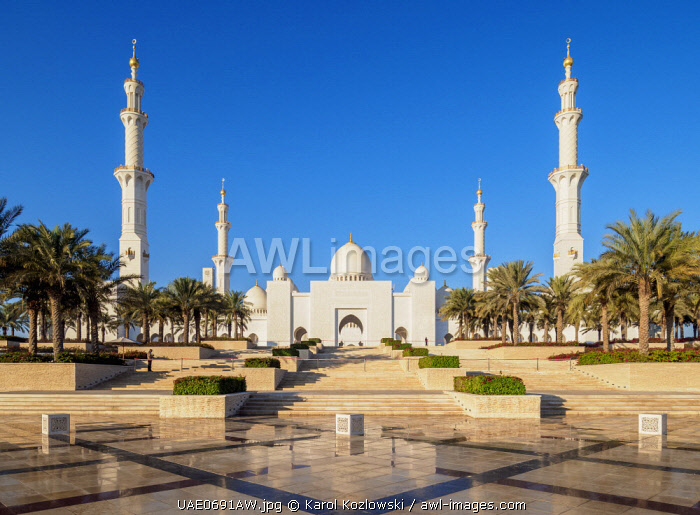 awl-images.com - United Arab Emirates / Sheikh Zayed bin Sultan Al Nahyan Grand Mosque, Abu Dhabi, United Arab Emirates