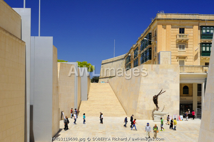 awl-images.com - Malta / Malta, Valletta listed as World Heritage by UNESCO, new stairs around the city's entrance gate