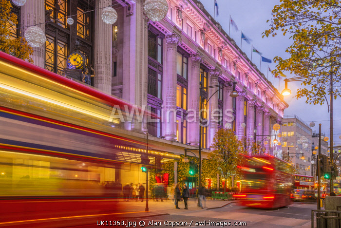 AWL Images UK, England, London, The West End, Oxford Street