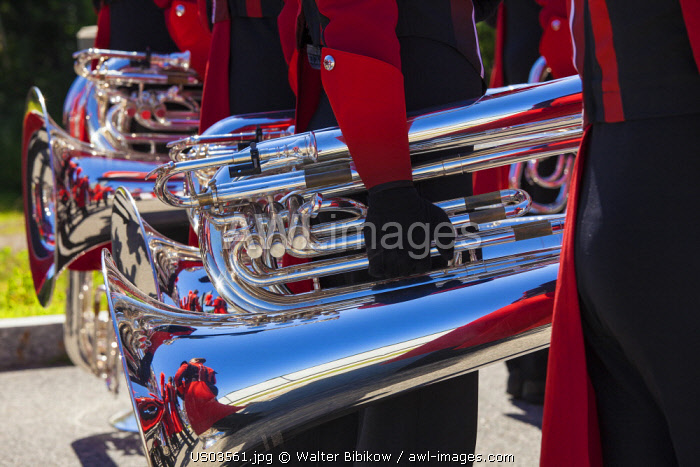 USA, New England, Massachusetts, Cape Ann, Manchester by the Sea, Fourth of July Parade, band instruments