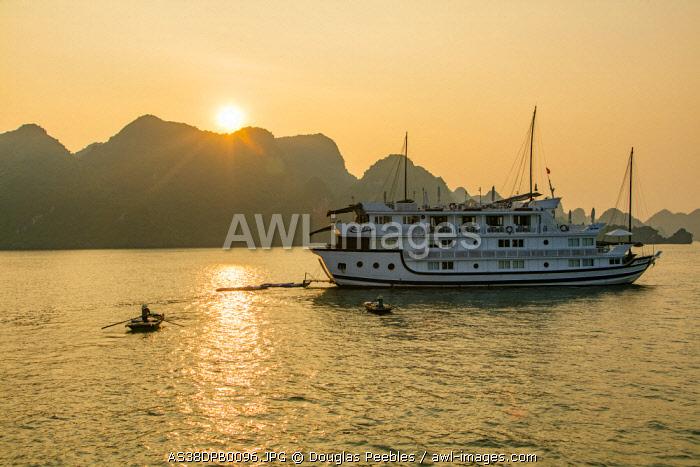 Sunset, Halong Bay, Vietnam, Asia