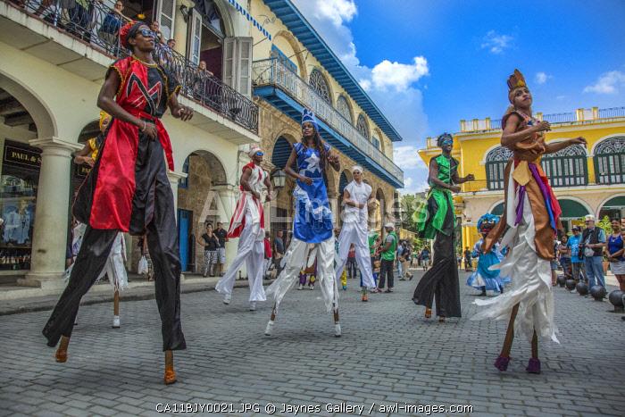 Cuba, Havana. Street performers.