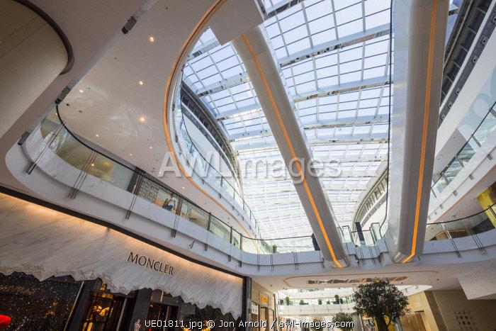 Fashion Avenue, Dubai Mall, Dubai, United Arab Emirates