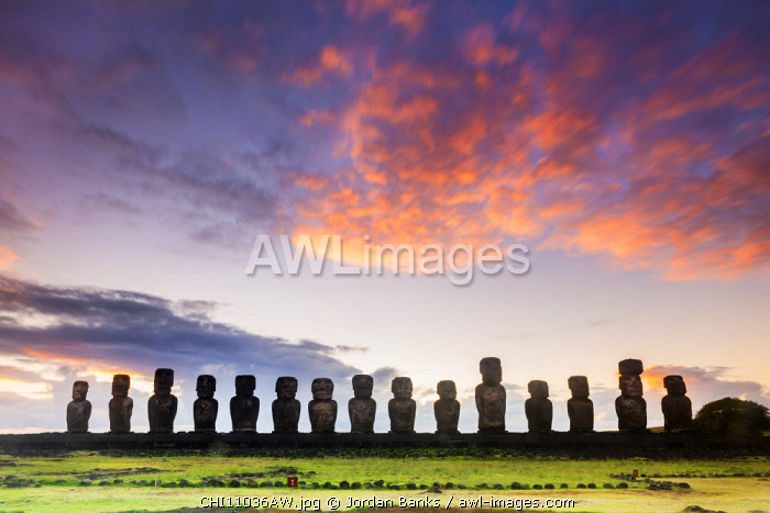 Sunrise over Moai at Tongariki, Easter Island, Polynesia, Chile