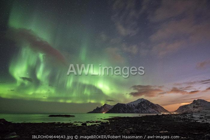 Northern Lights, Aurora Borealis, Haukland, Lofoten, Norway, Europe