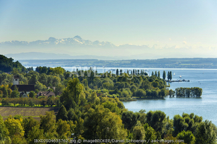 View of Lake Constance, in the back the Swiss Alps with Satis, Uhldingen-Mühlhofen, Baden-Wurttemberg, Germany, Europe