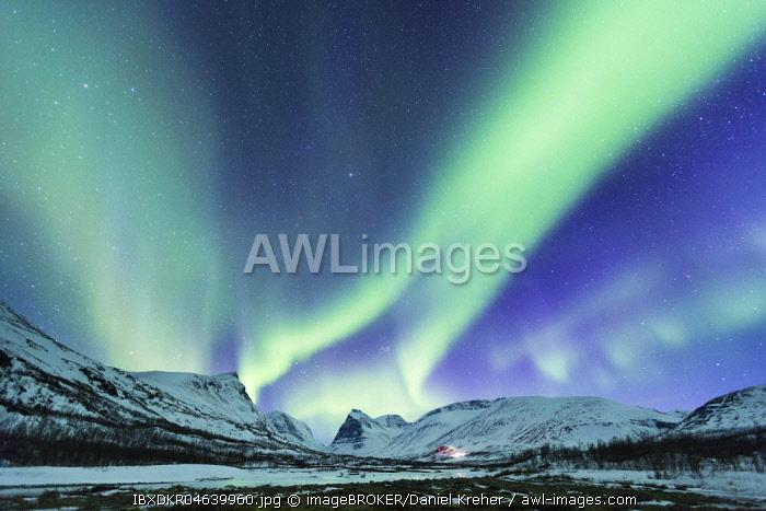 Northern Lights (Aurora borealis) over mountains, Kebnekaise Fjallstation, Kungsleden or king's trail, Province of Lapland, Sweden, Scandinavia, Europe