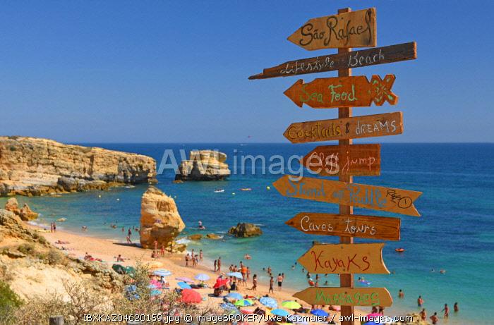 Direction signs at the beach Praia San Rafael, Sesmarias, Albufeira, Algarve, Portugal, Europe