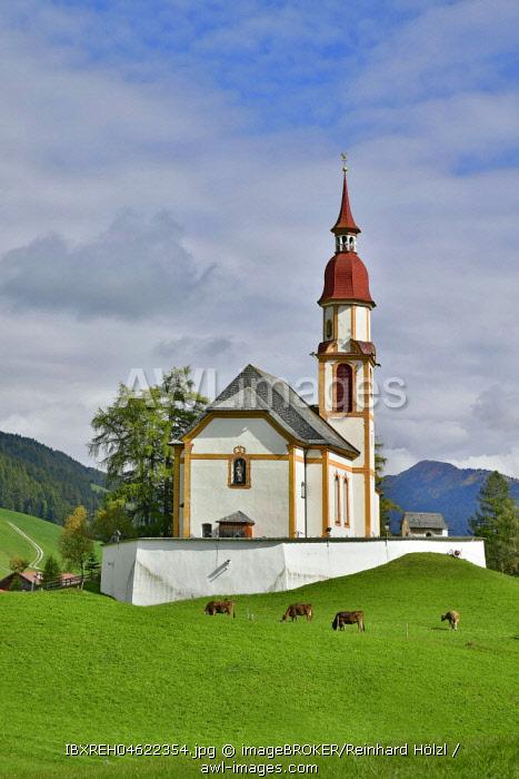 Parish church Obernberg zum Hl. St. Nikolaus, Obernberg, Tyrol, Austria, Europe
