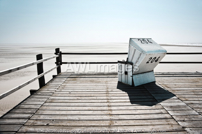 Beach chair, Sankt Peter-Ording, North Frisia, Schleswig-Holstein, Germany, Europe