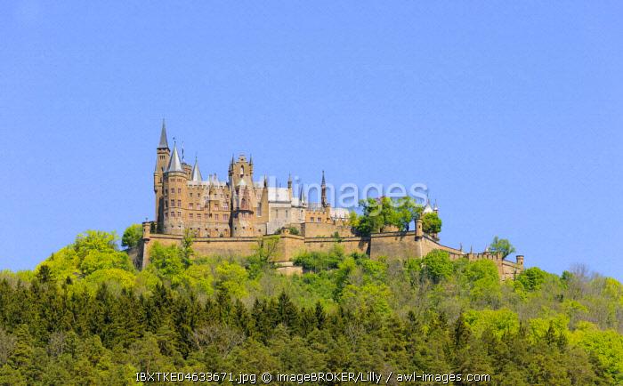 Hohenzollern Castle, Swabian Alps, Baden-Wurttemberg, Germany, Europe
