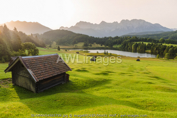 Lake Geroldsee at sunrise, Mittenwald, Karwendel, Alps, Bavaria, Germany, Europe