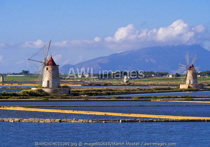 Ettore Infersa Saltworks windmills, Marsala, Laguna dello Stagnone, Province of Trapani, Sicily, Italy, Europe