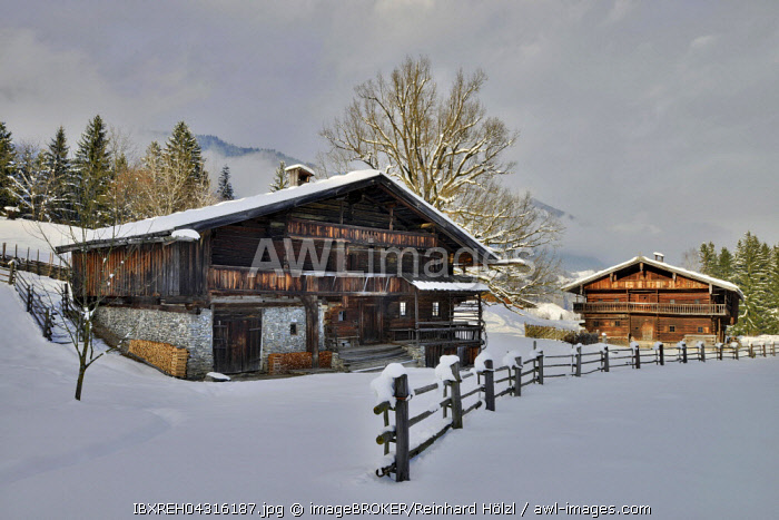 Farms in winter, Tyrolean Farmhouse Museum, Kramsach, Tyrol, Austria, Europe