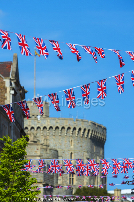 UK, England, Berkshire, Windsor, Peascod Street, Decorations for wedding of Prince Harry and Meghan Markle